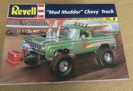 Not Yet Constructed Revell 1/24 Chevy Truck 1973 - 1987 Chevrolet ...