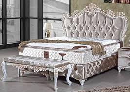 casa padrino barock doppelbett silber weiß gold prunkvolles samt bett mit glitzersteinen und matratze schlafzimmer