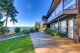 100 Panorama House Modern Two Story Panorama House With Puget Sound View Well Manicured
