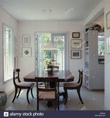 wohnzimmer modern antik caseconrad