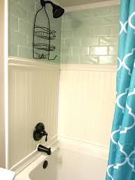 Tiling A Bathtub Skirt by Best 25 Bathtub Surround Ideas On Pinterest Bathtub Remodel