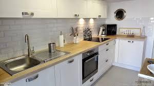 cuisine blanche et plan de travail bois incroyable cuisine blanc laque plan travail bois 1 cuisine