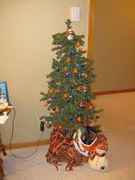 Kmart Christmas Tree Skirt by Best 25 Dollar General Christmas Trees Ideas On Pinterest Diy