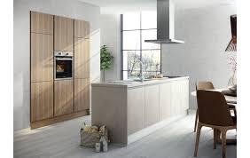elegante inselküche mit technikschrank in betonoptik und alteiche nachbildung