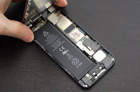 Apple is now offering free iPhone 5 Battery Replacement Program
