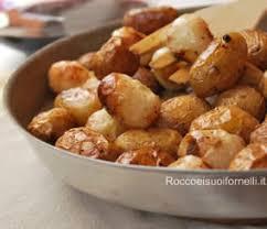 cuisiner des pommes de terre nouvelles pommes de terre nouvelles et oignons cuisine italienne cuisine