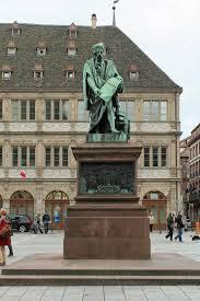 chambre de commerce angers file strasbourg place gutenberg statue de gutenberg david d