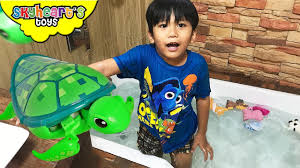 Inflatable Bathtub For Toddlers India by Bathtub Swimming With Baby Turtles Little Live Pets And Animals