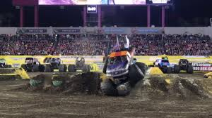 Monster Jam Tampa Florida 2017 - YouTube