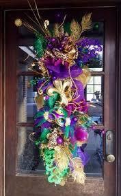Burlap Mardi Gras Door Decorations by Mardi Gras Wreath Pinspiring Wreaths Pinterest Mardi Gras