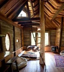 chambre arbre a l intérieur de la cabane dans les arbres les cabanes les