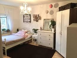 gemütliches wg zimmer im weiß und rosa wgzimmer
