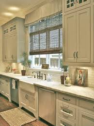 Primitive Kitchen Sink Ideas by 173 Best Country Primitive Kitchens Images On Pinterest