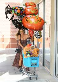 Livingston High Halloween Party 2014 by Kesha U0027s Relationship With Dr Luke A Timeline Billboard