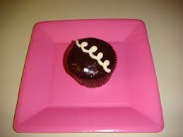 Pampered Chef Easy Accent Decorator Cupcakes by Meg U0027s Semi Homemade Hostess Cupcakes Meghan On The Move
