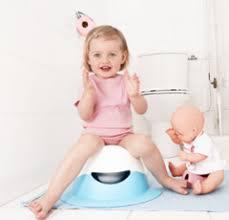 a quel age le pot pour bebe 28 images comment emmailloter b