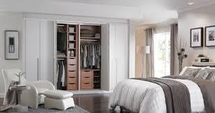 placard encastrable chambre les placards de chambre a coucher free modeles de placards de