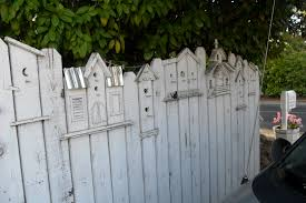 Halloween Cemetery Fence Finials by White Picket Fence Corner Lawn Edging W Solar Light This Would