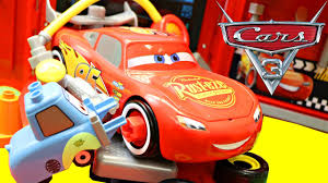 Disney Pixar Cars 3 Lightning Mcqueen & Mack Hauler Truck Pit Stop ... Disney Cars Mack Truck Hauler Paulmartstore Cheap Gray Find Deals On Line At Colors Lightning Mcqueen Transportation W Disneypixar Playset Walmartcom Trucks Nitroade Leak Less Shifty Rpm Camin Toys Mac Ligtning Race Car Disney Pixar Cars Semi Truck And Trailer Walmart Dizdudecom Pixar With 10 Die Cast Mickey Mouse Peterbilt Parks 2018 Shopdisney Buy Carrying Case 15 Amazoncom Chet Boxkaar Games Carry Store 30 Diecasts Woody