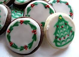 Iced Christmas Sugar Cookies With Easy To Create Tree And Wreath Designs These
