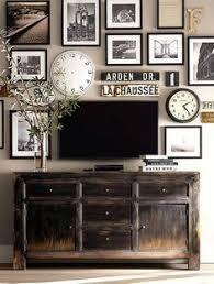 Decorating Tv With Photos