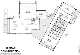 Get A Home Plan Floor Plan Friday Home With A Central Breezeway