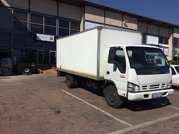100 Ton Truck Isuzu 4 For Hire With Driver Junk Mail