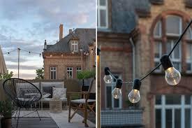 lichterkette für den balkon schöne außenbeleuchtung