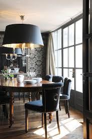 elegantes esszimmer mit edelholztisch bild kaufen