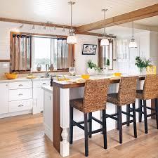 renovation cuisine bois bois envoûtant dans la cuisine cuisine avant après