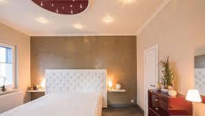 schlafzimmerdecke renovieren mit plameco geht s schnell
