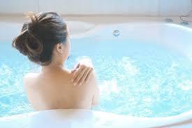 whirlpool badewanne einbauen lassen aroundhome