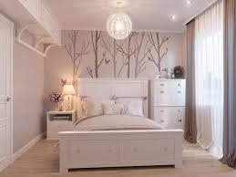 zarte schlafzimmergestaltung in hellen farben foto und 3