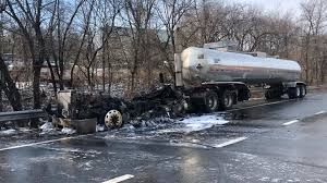 100 Gasoline Truck A Gasoline Fuel Truck Caught Fire On Interstate 287 In White Plains