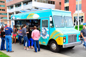 How Food Trucks Are Killing It On Social Media - Express Writers