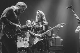 Tedeschi Trucks Band Live Performance And Backstage Photography By ... Municipal Concert Parks Host Moody Blues Tedeschi Trucks Band Watch Bands Emotional Tribute To Butch In St Episode Coming June Infinity Hall Live At The Beacon Theatre New York City Enter The Made Up Mind Photo Contest Adds 2018 Winter Dates Live Performance And Backstage Otography By Tiny Desk Youtube Revelator Amazoncom Music Play Austin360 Amphitheater July 12 Austin Wheels Of Soul Wood Brothers Hot At Warner On Tap Magazine