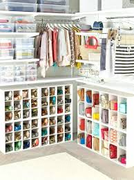petit dressing chambre petit dressing chambre dressing mansarde idee chambre a coucher idee