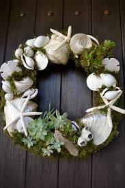 Seashell Christmas Tree Ornaments by Best 25 Seashell Wreath Ideas On Pinterest Shell Wreath Beach