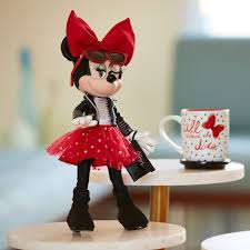 Minnie Mouse Signature Doll Out Now Minnie Mouse Signature Doll