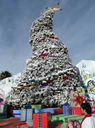The Grinch Christmas Tree Decorations by Grinchmas At Universal Studios Hollywood Unleashes The Grinch On A