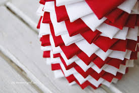 Swirl Striped Quilted Fabric Tree Pattern