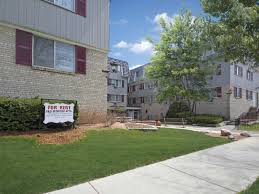 3 Bedroom Apartments Milwaukee Wi by Carriage Court Apartments Milwaukee Wi 53211