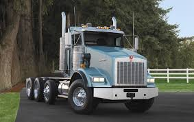 "Make Old Trucks ""new"" With Kenworth Glider Kits 