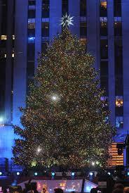 Christmas Tree Rockefeller Center Lighting by Rockefeller Center Tree Lit Amid Heightened Security Tbo Com