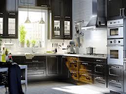 ent cuisine ikea modele cuisine noir et blanc cuisine noir et blanc bois