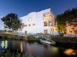 100 Bauhaus House Venice Los Angeles Home For Sale Architectural Digest
