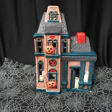 Halloween Blow Mold Display by Junkin Finds Halloween Edition