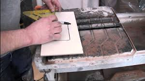 Husky Wet Tile Saw by How To Cut Porcelain Tile Using A Wet Saw Youtube