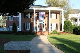 100 The Delta House Zeta Located At 317 S Milledge Ave In