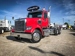 2011 FREIGHTLINER CORONADO TANDEM AXLE DAYCAB FOR SALE #528651
